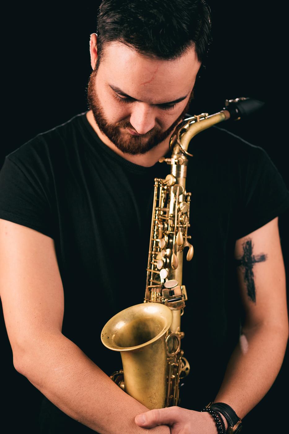 Edi Hincu – saxofon